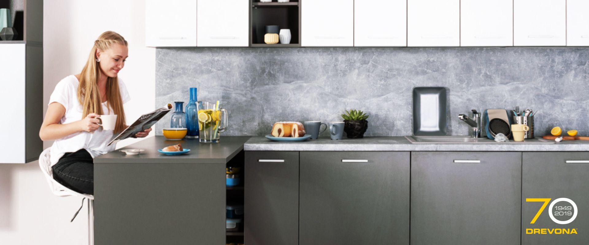Kuchyňa a jedáleň - slide 1